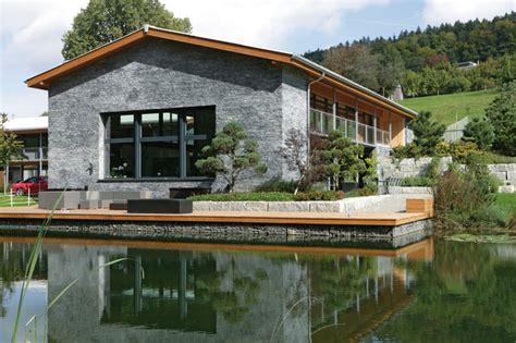 Fassadengestaltung Mit Schiefer  Rustikal Häuser