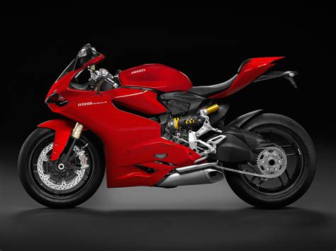 Review Ducati Panigale by 2015 Ducati Superbike 1199 Panigale Review