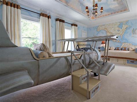 Inside The Frozen-inspired 'imagination Suites'