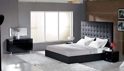 modern leather bedroom sets unique leather luxury bedroom set st louis missouri v lyrica 16395   v lyrica b leather bedroom