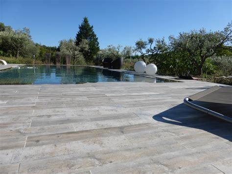 piscine imitation bois eguilles carrelage int 233 rieur et ext 233 rieur 224 eguilles salle bain