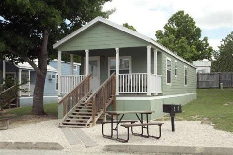 The Comal 750 Sq Ft 2 Bedroom Cottage That Sleeps Eight