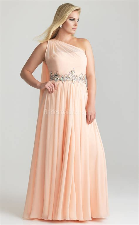 plus size designer dresses brides guide to plus size bridesmaid dresses