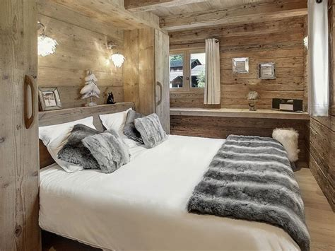 chambre chalet luxe best 25 chalet design ideas on chalet