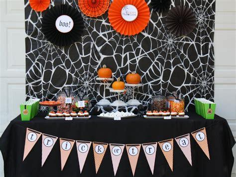 10 Halloween Table Decorations & Settings Entertaining