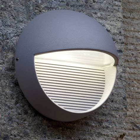 lutec radius 9w exterior led low level wall light or step light in graphite fitting