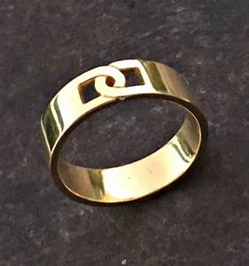 Gold band men gold ring mens wedding band mens engagement for Ring mens wedding