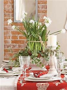 Ideas for Inexpensive Centerpieces at WomansDay How