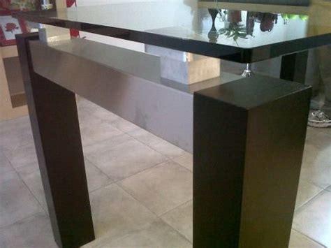 mesa de comedor de vidrio  patas de madera muebles
