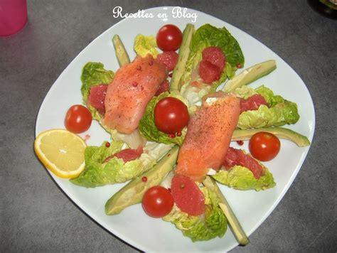 Presentation Saumon Fume En Entree by Salade De Rouleaux De Saumon Fume Au Chevre Recettes En