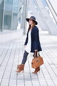 Schuhe Mit Fransen : outfit mit braunen fransen boots und braunem shopper m ssen schuhe und tasche farblich ~ Frokenaadalensverden.com Haus und Dekorationen