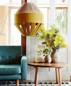 1001 idees creer une deco en bleu et jaune conviviale With tapis chambre bébé avec bouquet fleur original