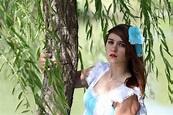 Nikki in Wonderland – waxsatanic