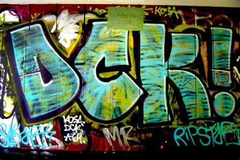 Abjad Graffiti Throw Up : Graffiti Alphabet Throw U Hd Wallpaper, Background Images