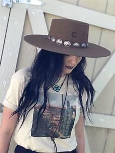 Charlie 1 Horse High Desert Pecan In 2020 Rodeo