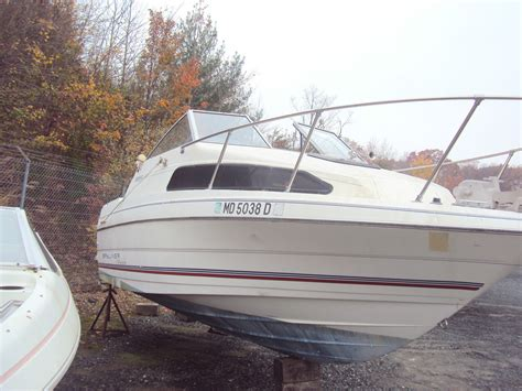 Pictures Of Cuddy Cabin Boats by Bayliner Classic 2252 Cuddy Cabin Classic 2252 Cuddy Cabin