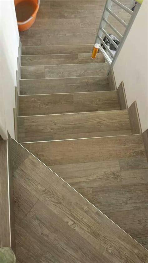 Treppen Fliesen Holzoptik by Wood Look Tiles Stairs Floor Ideas Tile Stairs Wood
