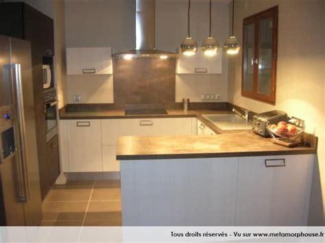 cuisine brun et blanc photos décoration de cuisine américaine ouverte moderne
