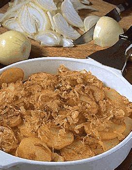 recette cuisine lyonnaise pommes lyonnaise pour 4 personnes recettes à table