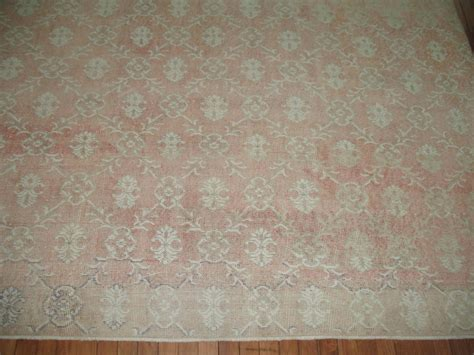 rugs shabby chic shabby chic vintage turkish rug at 1stdibs