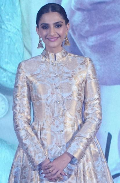 Bollywood Actress Sonam Kapoor Partners With La Tourism