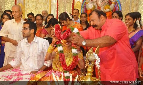 actress karthika murali photos murali daughter karthika wedding photos 4