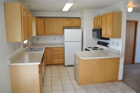3 bedroom skaff apartments