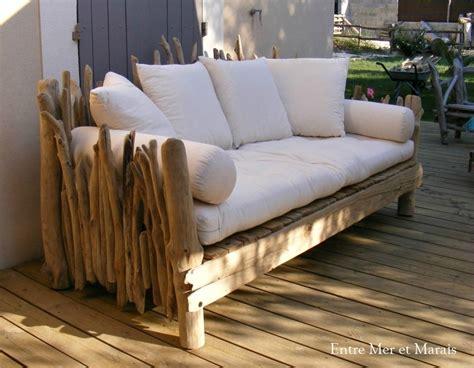 canape bois canapés en bois flotté entre mer et marais créations