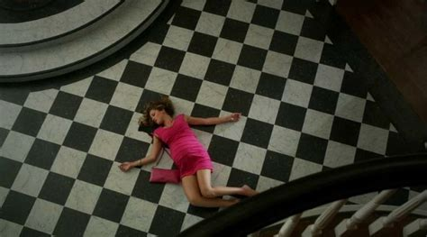checkerboard marble floor in foyer Revenge   Hooked on Houses