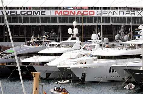luxury yacht buyers  texas  big tax break
