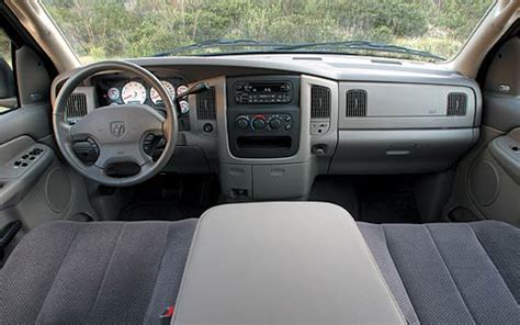 2003 Chevy Silverado Interior by Sport Truck Comparison 2003 Chevrolet Silverado Ss Vs