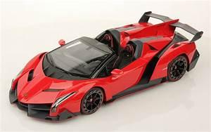 Lamborghini Veneno Roadster : mr collection releases 1 18 scale lamborghini veneno roadster in rosso mars nero nemesis ~ Maxctalentgroup.com Avis de Voitures