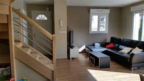 bureau moderne besoin de vos avis sur la déco de mon séjour de 32 m2