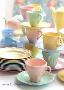 Geschirr Set Pastell : 1000 ideas about tea sets vintage on pinterest tea sets tea cups and chinaware sets ~ Eleganceandgraceweddings.com Haus und Dekorationen