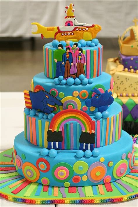 Yellow Submarine Cake I Like The Idea Of A Beatles Theme