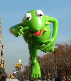 macy 39 s thanksgiving day parade muppet wiki