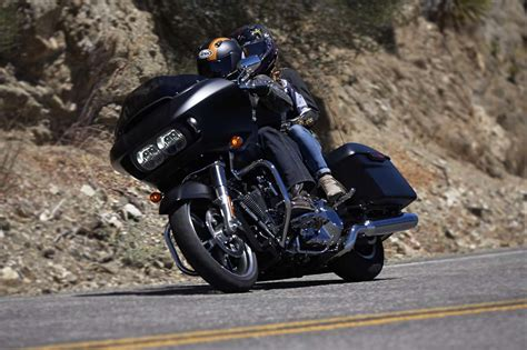 Review Harley Davidson Road Glide by 2015 Harley Davidson Road Glide Ride Review