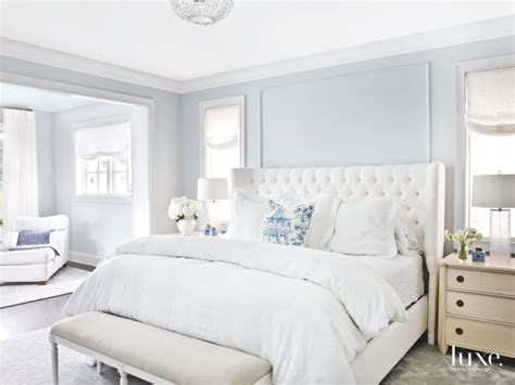 Master Bedroom Decorating Ideas In Blue by Soft Light Blue Master Bedroom With Blue Pillow Touches
