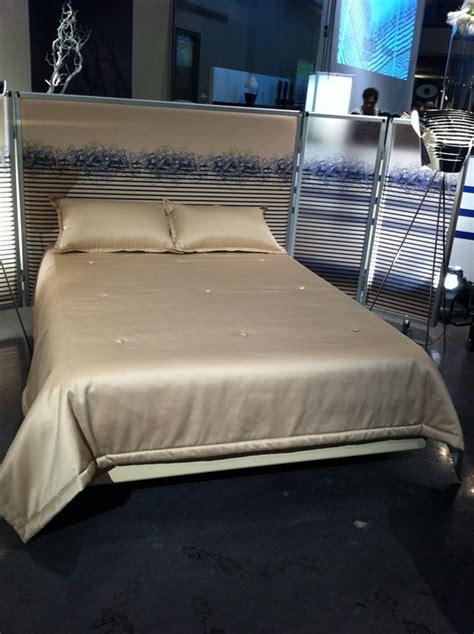 roche bobois canapé lit jean paul gaultier pour roche bobois my de vivre
