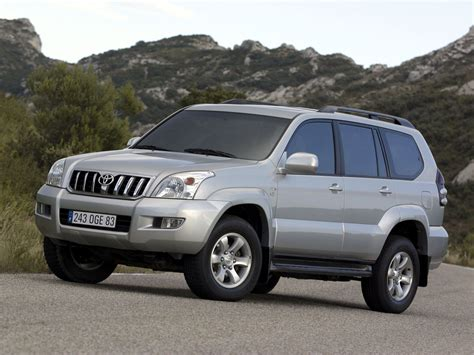 Toyota Land Cruiser Photo by Toyota Land Cruiser 120 Photos Photogallery With 9 Pics