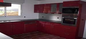 Cuisine rouge et grise cuisine blanche et grise astuces d for Idee deco cuisine avec cuisine couleur rouge bordeaux