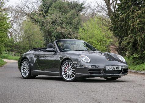 Ha effettuato il tagliando il 14/10/2020 a 138236 km difetti: Ref 83 2006 Porsche 911 / 997 Carrera 4S Cabriolet