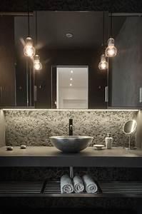 32 Trendy And Chic Industrial Bathroom Vanity Ideas - DigsDigs
