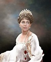1000+ images about Tiaras, Crowns & Royal Jewels on ...