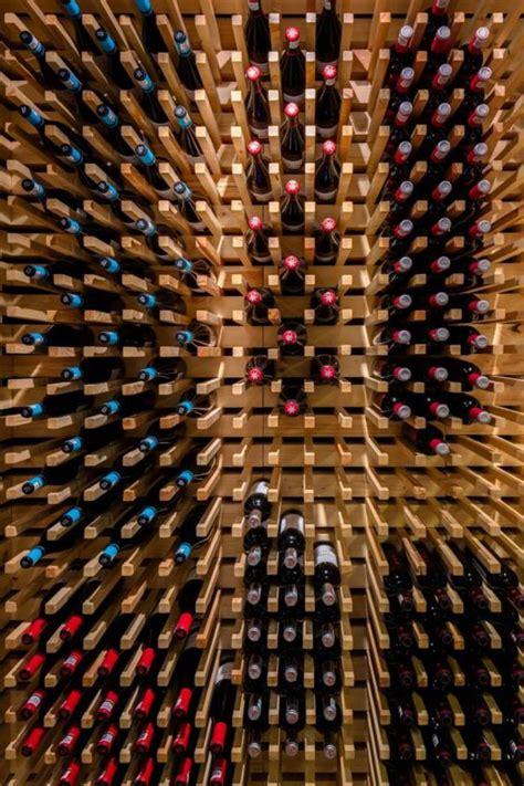 idee bureau petit espace créer sa cave à vin fantastique pour un petit ou un