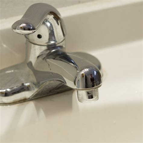 clean hard water stain  polished nickel faucets