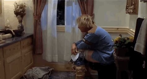 Dumb And Dumber Bathroom Gif by Surprised Dumb And Dumber Gif Find On Giphy