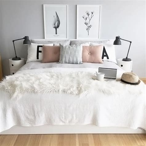 lovely grey white  pink bedroom  atphotosbyir bedroom ideas pinterest pink bedrooms bedroom decor lights  white gray bedroom