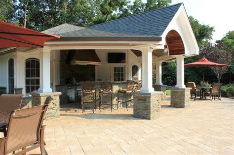 Houses : Cabanas & Pool Houses Long Island