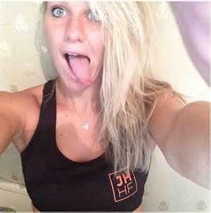 Richard Madeley Defends Daughter Chloe Madeleys Revealing Instagram Selfies Daily Mail Online